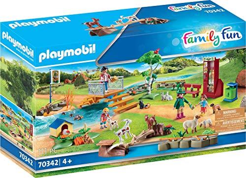 [Prime] PLAYMOBIL Family Fun 70342 Erlebnis-Streichelzoo, Ab 4 Jahren
