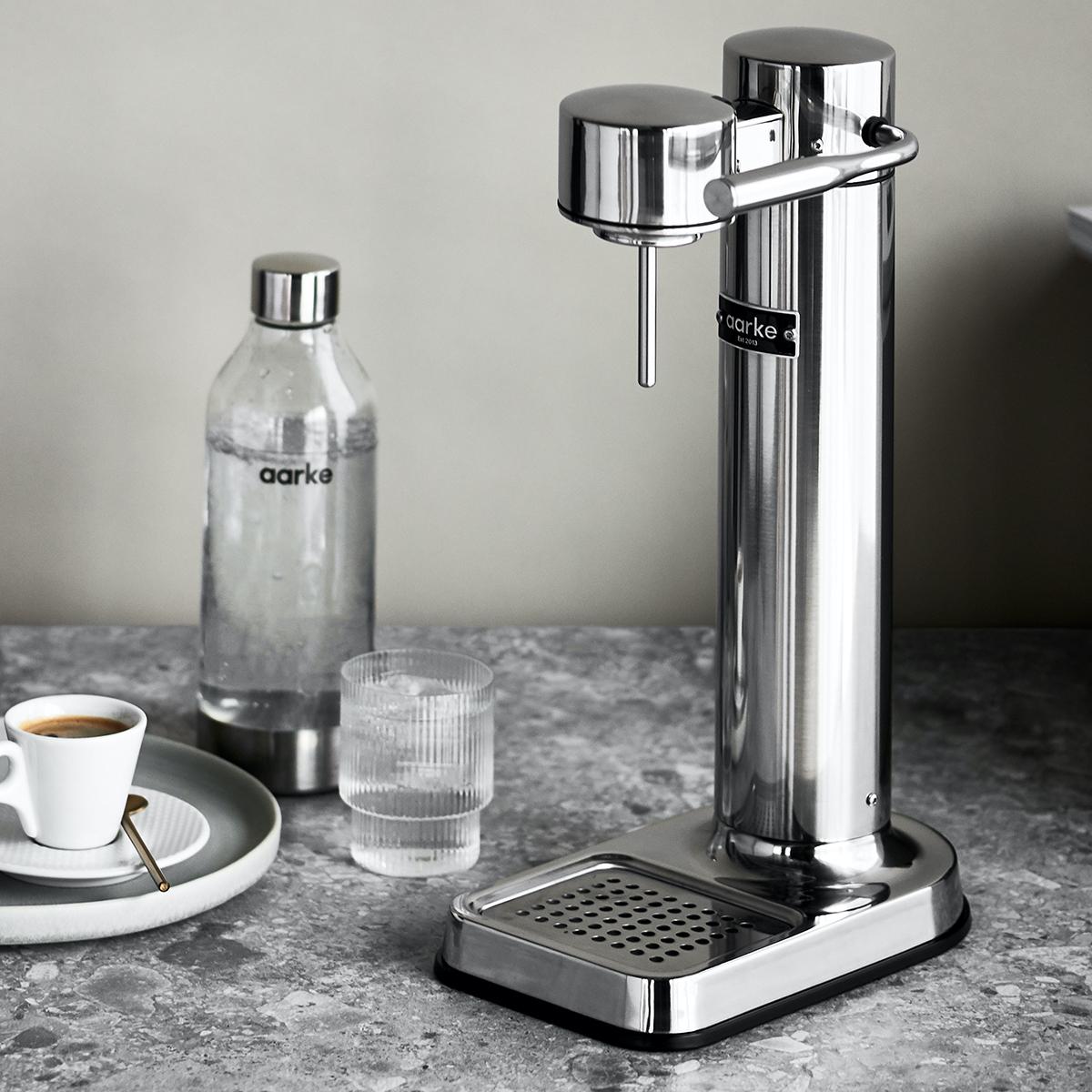 20% Rabatt auf Aarke Carbonator 3 Wassersprudler & Zubehör: z.B. silber, schwarz matt & weiß 151,20€ oder kupfer & schwarz Chrom 159,20€