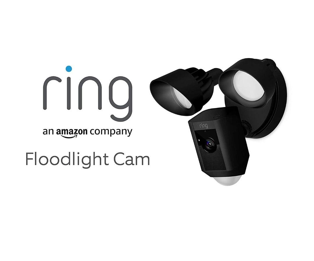 Ring Floodlight Cam von Amazon | HD Sicherheitskamera mit Flutlicht, Gegensprechfunktion und Sirene, Schwarz und Weiss