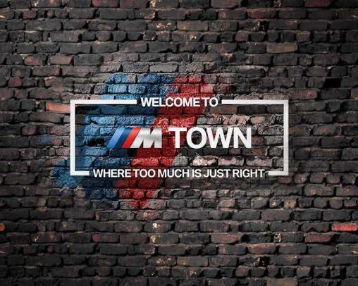 15% Rabatt auf alles im BMW M Town Merchandising Shop