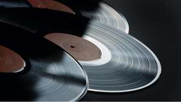 30% Rabatt auf alle Vinyl bei Media Markt