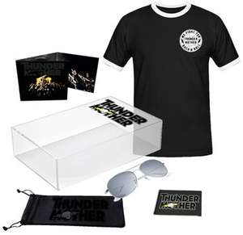 Thundermother - Heat Wave (limitiertes Boxset mit CD, T-Shirt, Sonnenbrille & Aufnäher)