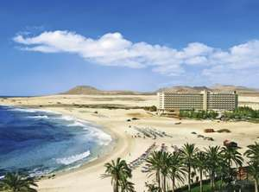 2 Erwachsene + 2 Kinder im Riu Oliva Beach Resort All IN 1 Woche Fuerteventura z.B. 10.07.-17.07. ab Saarbrücken