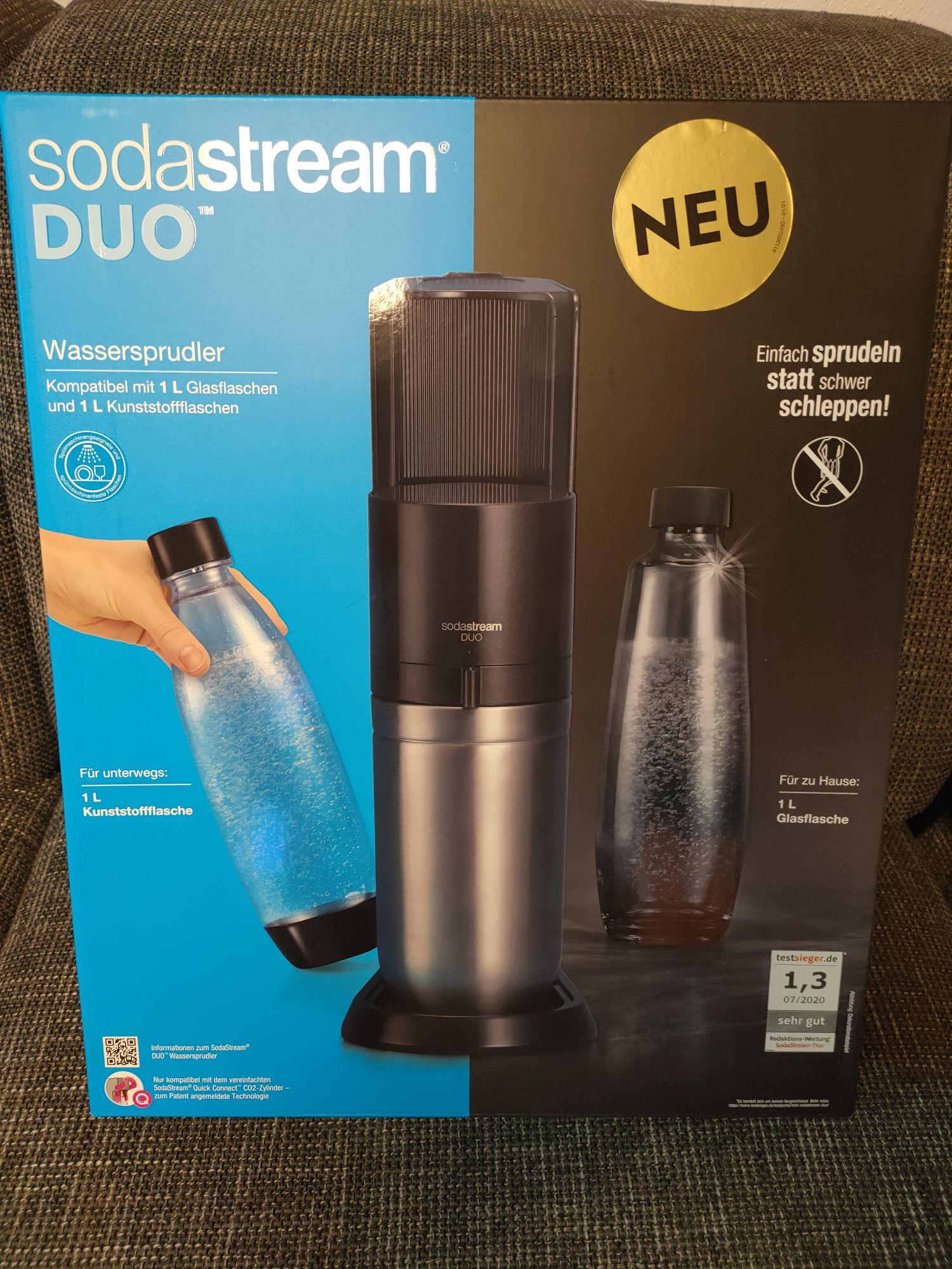 SodaStream Duo Wassersprudler Titan inkl. 1x Glasflasche, 1x Kunststoffflasche, 1x CO2 Zylinder