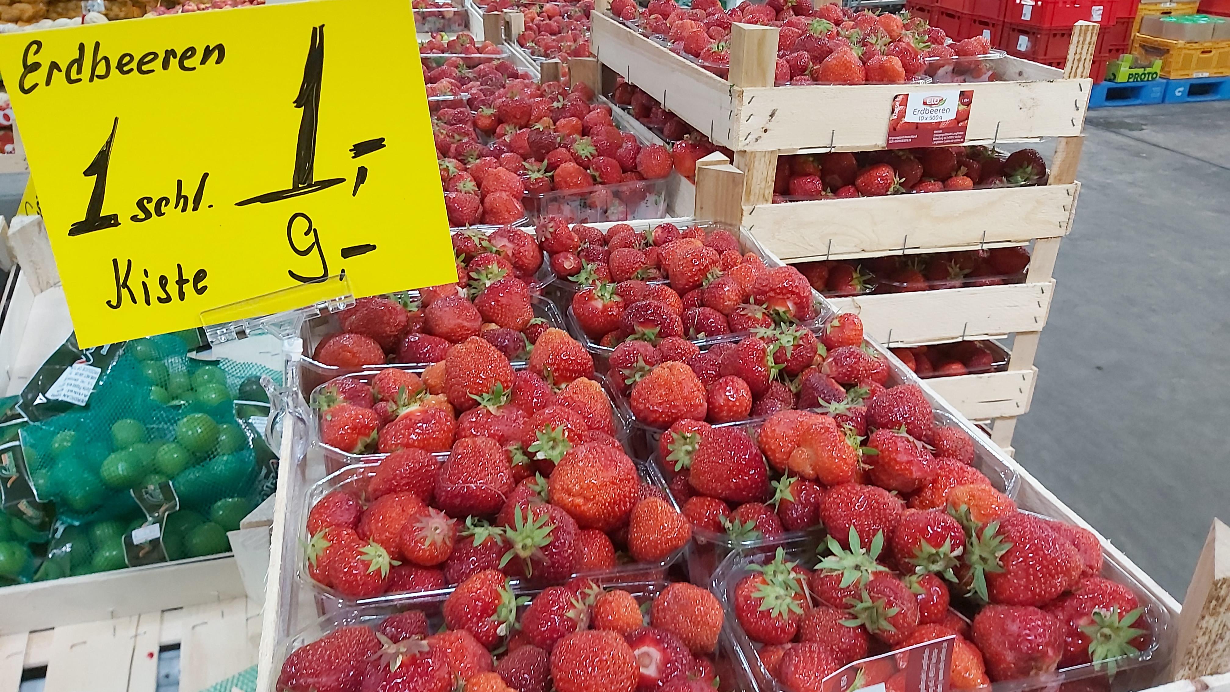 Lokal Rostock - Güdük - 1 Schale frische deutsche Erdbeeren nur 1 €