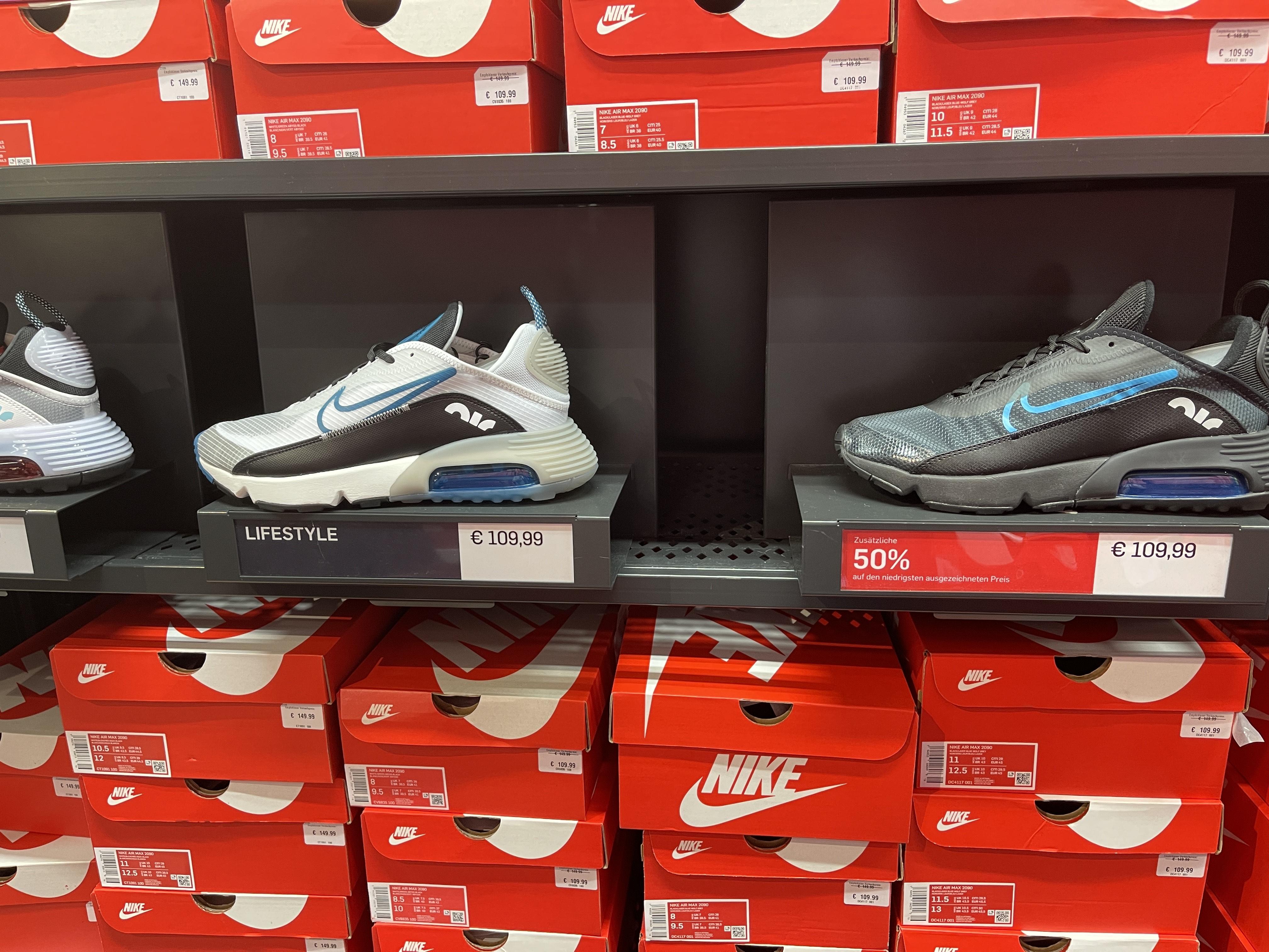 Nike Air Max 2090 Black/Blue Lokal/Bremen (Nike Factory Store)