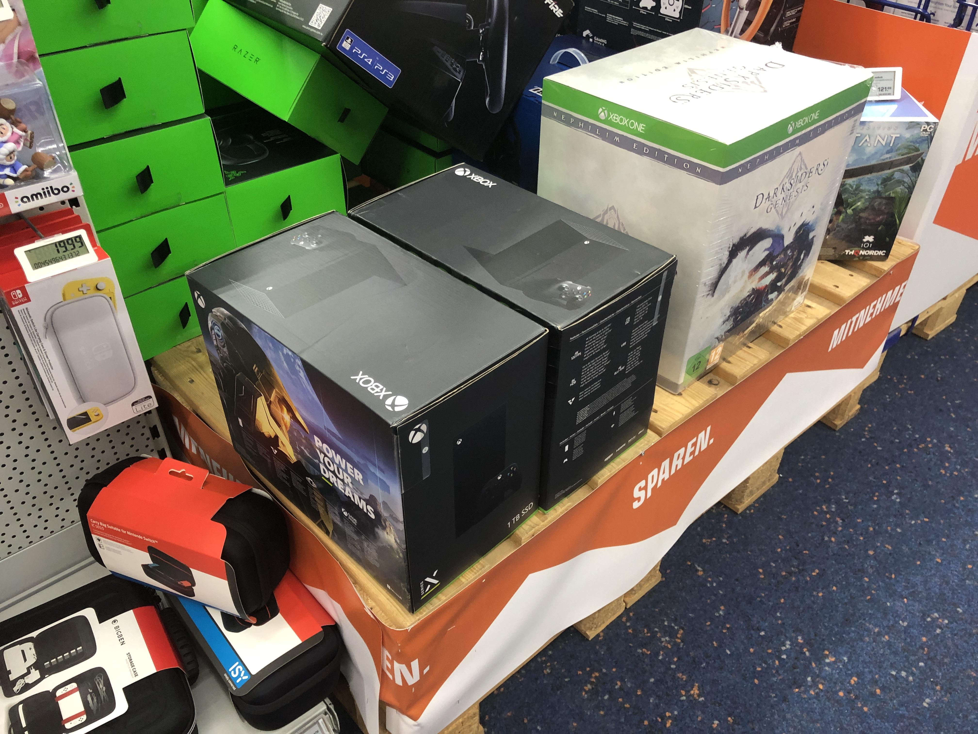 [Lokal] Xbox Series X verfügbar (Saturn Fürth)