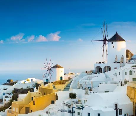 Flüge: Santorini / Griechenland (Aug-Sept) Hin- und Rückflug mit Wizzair von Dortmund ab 23€