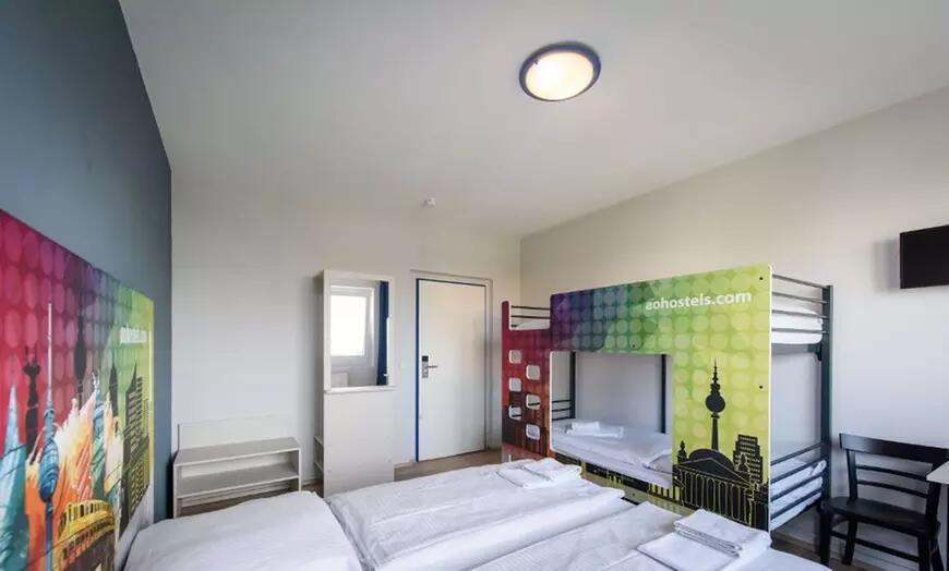 """Groupon: A&O """"Frühstück"""" ÜN für 2 Personen und bis zu 2 Kindern im DZ oder FZ in einem von 17 a&o Hotels"""