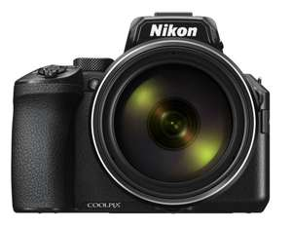 Nikon »Coolpix P950« Kompaktkamera, mit 83-fachen optischen Zoom!