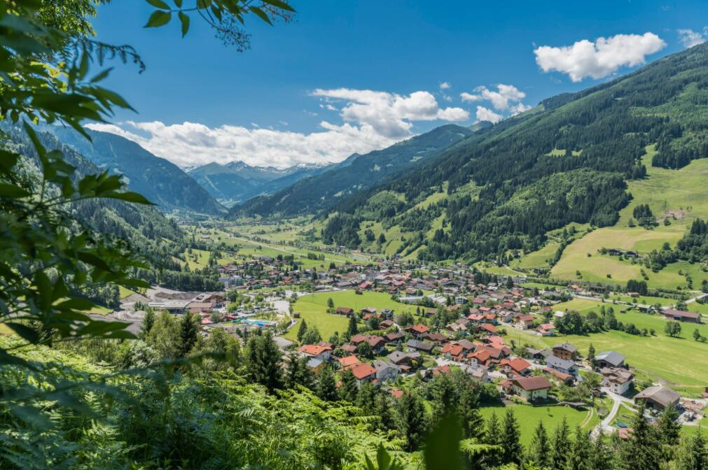 Salzburger Land: 5 Nächte smart Flats inkl. Endreinigung, Sauna, Solarbad und mehr ab 307 € bei einer Reise zu zweit (Sept bis Nov 2021)