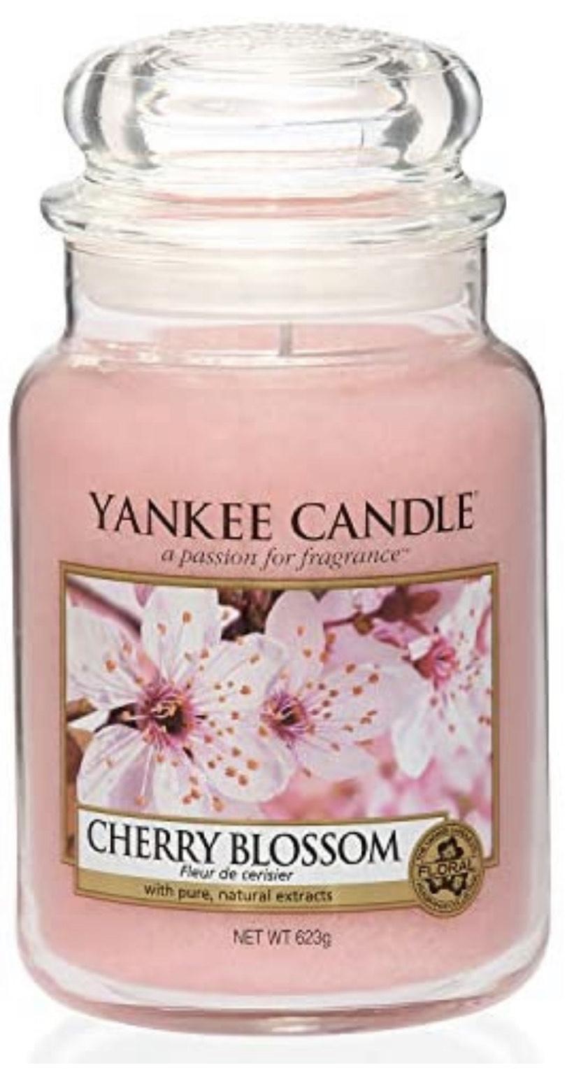 (Amazon Prime) Yankee Candle Duftkerze im Glas, Cherry Blossom