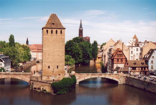 Reise: Straßburg über Pfingsten 18.-20-05. (Bahn oder eigenes Auto plus Hotel) z.B. 69,- € p.P. ab Frankfurt
