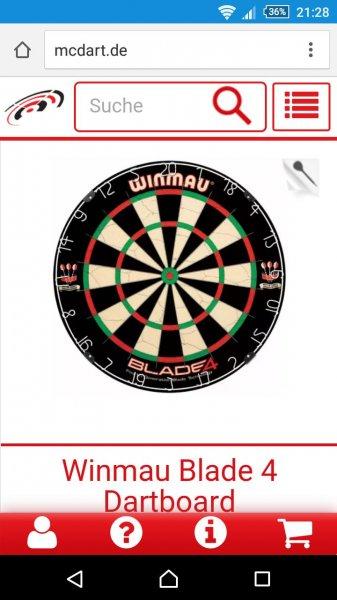 McDart.de  WINMAU Blade IV Dartscheibe mit 12 Steeldarts im Bundle