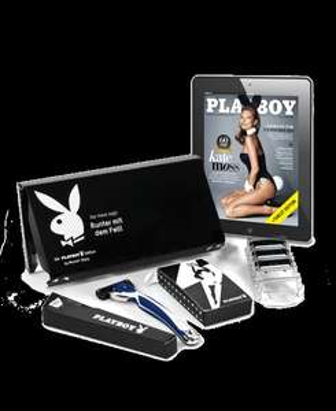 4 Rasierklingen + Griff + Playboy 5€